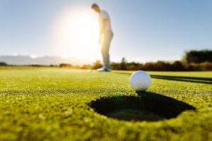 Amateur Golfers Provide The Same Thrill As Professional Golfers